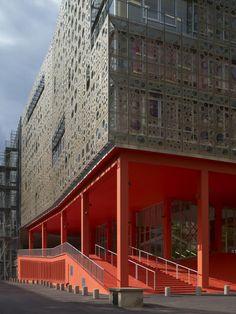 Université scientifique de   Paris 6,  site conservé à  Jussieu