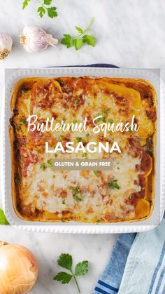 A butternut lasagna, perfect for a chilly fall day! This vegetarian lasagna is layers of butternut squash, spinach, cheese and garlic tomato sauce. Veggie Recipes, Vegetarian Recipes, Dinner Recipes, Holiday Recipes, Butternut Squash Lasagna, Spinach Lasagna, Gluten Free Recipes Videos, Recipe Videos, Clean Eating Recipes