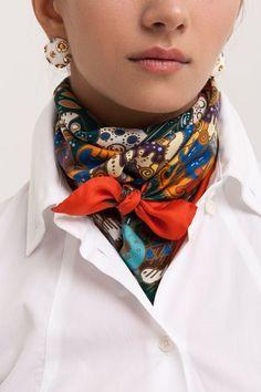 Ideas inspiradoras para llevar el pañuelo en el cuello