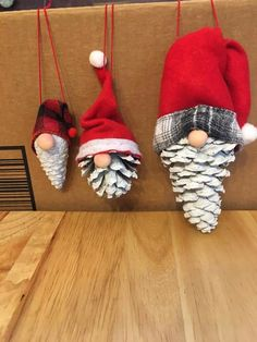 Christmas Ornaments To Make, Homemade Christmas Gifts, Rustic Christmas, Christmas Art, Christmas Projects, Handmade Christmas, Holiday Crafts, Christmas Decorations, Xmas Crafts To Sell