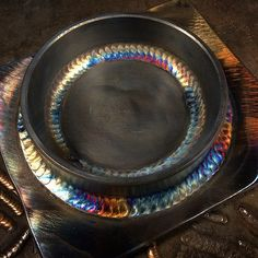 You could try here separated welding metal art projects Shielded Metal Arc Welding, Metal Welding, Welding Art, Welding Design, Welding Classes, Welding Jobs, Welding Funny, Metal Projects, Welding Projects