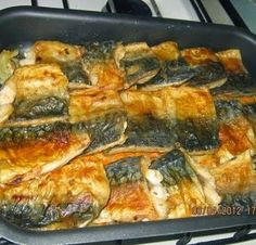 Mackerel in the oven Good Food, Yummy Food, Cooking Recipes, Healthy Recipes, Russian Recipes, Fish Dishes, Everyday Food, Saveur, Fish And Seafood