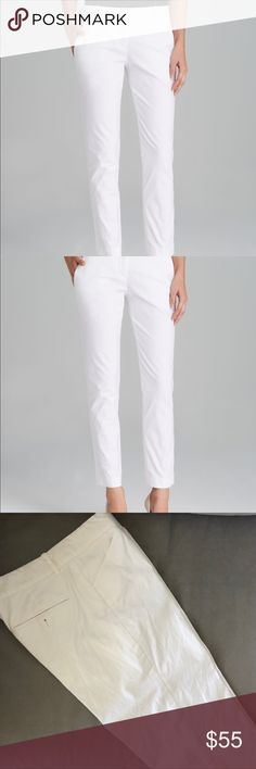 Theory Cropped Skinny Pants Theory white cropped skinny pants in size 2, excellent used condition. 98% cotton, 2% lycra. Theory Pants Skinny