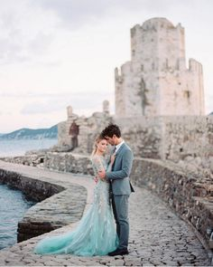 Princess Blue - The Prettiest Blue Wedding Dresses on Instagram - Photos