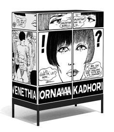 """La collezione """"Valentina, la donna è mobile"""" è nata nelle teorie del movimento Radical Design, che iniziò negli anni ' 60 in Toscana, prima di invadere il resto del mondo. In questo periodo, il modo di fare architettura e in generale di intendere il design compì una svolta, appunto, """"radicale""""."""
