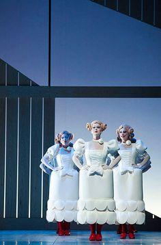 das gewand produces costumes for opera, ballett, musicals and film on 700 qm in Düsseldorf. Theatre Design, Stage Design, Kasimir Und Karoline, Berliner Ensemble, Puppet Costume, Unique Costumes, Theatre Costumes, Scenic Design, Dark Photography
