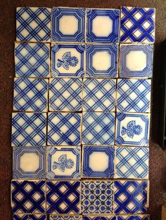 French tiles blue