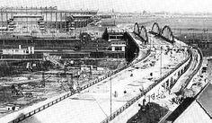 Rotterdam - Stadionweg in 1936 met de Kuip in aanbouw