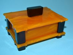 ANTIQUE ART DECO BUTTERSCOTCH YELLOW COLOR AMBER BAKELITE CATALIN JEWELRY BOX #ArtDeco