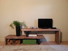 Tv stand in wood and steel. Furniture, Living Room Decor, Home Decor, Modern Floating Shelves, Tv Stand Wood, Living Room Interior, Trending Decor, Interior Design Living Room, Interior Design