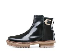 AGL luxury beatle boot #agl #aglshoes #shoes #beatle #oots #fashion #style #madeinitaly #handcraft #leather #love #shop