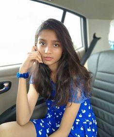 Beautiful Girl In India, Beautiful Girl Photo, Gorgeous Women, Teen Girl Poses, Cute Girl Poses, Stylish Girl Images, Stylish Girl Pic, Cute Young Girl, Cute Girls