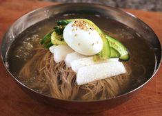 Cold noodles / 물냉면 / 비빔냉면 / Naengmyeon (or naeng myeon, naeng-myeon, naengmyun, naeng-myun)