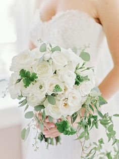 "Very Elegant ""Free Form"" Bride's Bouquet Featuring: White Garden Roses, Roses, Ranunculus, Lisianthus, + Several Varieties Of Gorgeous Green Foliage~~~~"