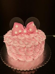 Minnie Mouse Rose Cake