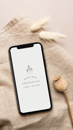 Actor Bio, Minimalist Graphic Design, Sarah Ann, Cute Patterns Wallpaper, Photographer Branding, Instagram Blog, Photo Backgrounds, Brand Design, Aesthetics