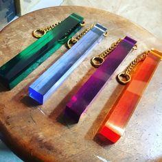 ルームキーキーホルダー Wooden Jewelry, Creative Crafts, Key Rings, Stationary, Eye Candy, Cool Designs, Graphic Design, Handmade, Accessories