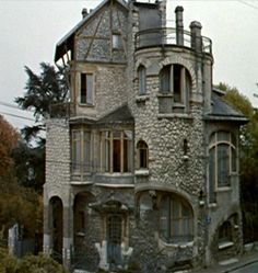 "Castel Henriette, Hector Guimard, Art NouveauMasterpiece featured in the film ""What's New Pussycat?"""