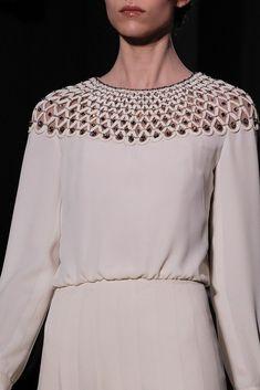 Valentino Spring 2011 Couture Accessories Photos - Vogue
