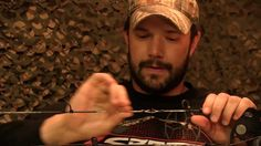 How to properly wax your bowstring.