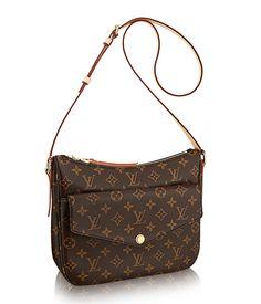 Mabillon bag: envelope flap pocket with slip directly behind, no interior pockets