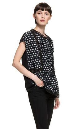 Ikat crochet t-shirt