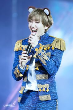 Eunhyuk. SO ADORABLE.