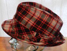 3338bbf46 78 Best Vintage Men's Hats images in 2017   Classy men, Hats for men ...