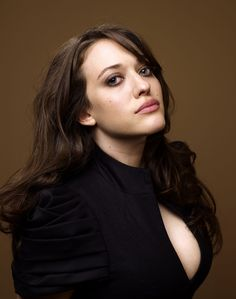 Kat Dennings ✾ One of the few perfect women of Hollywood. Kat Dennings Thor, Kat Dennigs, Two Broke Girl, Non Blondes, Woman Crush, Hollywood Actresses, Beautiful Actresses, American Actress, Beautiful Women