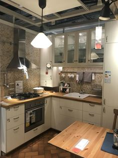 Inexpensive Kitchen Cabinets that Look Expensive . Dreamiest Inexpensive Kitchen Cabinets that Look Expensive . How Much Will It Cost to Paint Kitchen Cabinets Modern Ikea Kitchens, Ikea Small Kitchen, Ikea Kitchen Design, Stylish Kitchen, Kitchen Ideas, Kitchen Craft, Small Kitchens, Kitchen Pictures, Open Kitchen