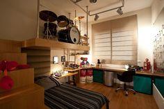Quarto Adolescente: +95 Ideias e Projetos Originais para 2021 Music Bedroom, Home Bedroom, Bedroom Decor, Small Room Design, Bed Design, Room Interior, Interior Design Living Room, Music Studio Room, New Room
