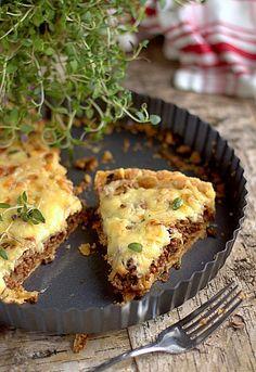 tarta hamburgerowa Hamburger Pie, Healthy Recepies, Savory Tart, Vegan Pizza, Polish Recipes, Food To Make, Food And Drink, Blog, Snacks