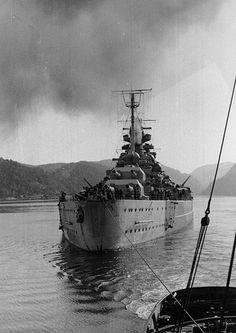 Tirpitz Norwegian waters in (Credits: U. Naval Historical Center) Story of British Attack on Tirpitz by Mini submarines Naval History, Military History, Midget Submarine, Heavy Cruiser, Armada, Navy Ships, Aircraft Carrier, Royal Navy, Battleship