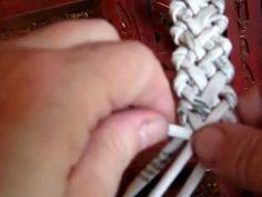 МК плетение из газет. Елочка из 6 трубочек.wmv
