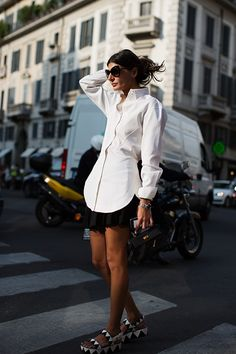 The Sartorialist - On the Street…..Giovanna B. in Milano. Giovanna always looks smashing I think!