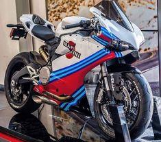 Martini Panigale with Austin Racing exhausts! Ducati Motorbike, Racing Motorcycles, Chopper, Ducati Supersport, Ducati Diavel, Martini Racing, Xmax, Speed Bike, Moto Bike