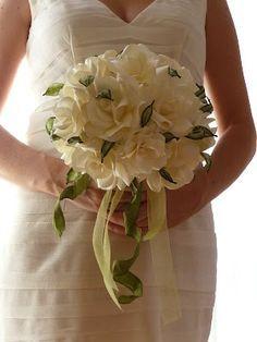 IncaRtesimi: Bouquet con rose di carta avorio