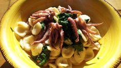 Impara la ricetta di Orecchiette calamari e cime di rapa e porta a tavola un piatto gustoso per i tuoi ospiti. Scopri tutte le nostre ricette di cucina!