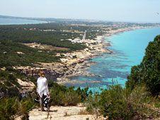 Buenos Días y Feliz Miercoles a todos!! Pese a ser un isla muy pequeña, Formentera sigue siendo el paraíso balear por excelencia #españa www.turismoeuropeo.es