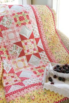 Gingham Stars | July/August 2009 | McCall's Quilting. Love these colors and the gingham binding. Good variation from polka dots.