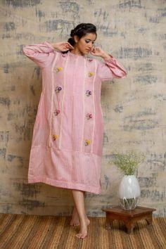 Dress Paterns, 21 July, Designer Punjabi Suits, Western Look, Plain Dress, Pakistani Outfits, Ahmedabad, Stylish Dresses, Dress Ideas