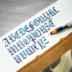 My first little black letter capital practice. Pilot Parallel with J Herbin Emerald of Chivor on Tomoe River. Gothic Lettering, Tattoo Lettering Fonts, Graffiti Lettering, Typography Fonts, Brush Lettering, Hand Lettering, Calligraphy Tutorial, Calligraphy Drawing, Calligraphy Handwriting