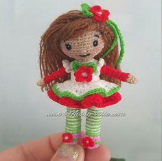 3.5 8cm Red Flower Girl Doll. OOAK Custom Mini Micro by MissyVille
