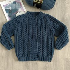 Shrug Knitting Pattern, Kids Knitting Patterns, Knitting For Kids, Cable Cardigan, Cable Knit, Summer Cardigan, How To Start Knitting, Short Sleeve Cardigan, 6 Years