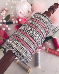 Wedding jewllery is not complete with bangles. Make a strong stylish statement with these Heavy Metal Bridal Bangle Designs! Silk Bangles, Bridal Bangles, Indian Bangles, Beaded Bracelets, Thread Bangles Design, Gold Bangles Design, Indian Bridal Jewelry Sets, Bridal Jewellery, Fancy Jewellery