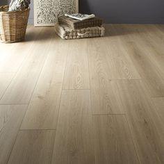 New Leroy Merlin Parquet Artens Bedroom Wooden Floor, Wooden Floor Tiles, Light Wooden Floor, Tile Bedroom, Bedroom Flooring, Wooden Flooring, Laminate Flooring, Home Decor Bedroom, Tile Floor
