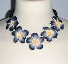"""Black & grey hibiscus flower bead necklace, polymer clay flowers & glass beads 17.1/4"""" long (44cm)"""