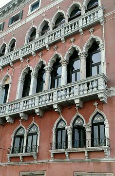 Finestre Veneziane