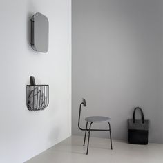 Minimalistic Interior Design Afteroom, a design studio in Stockholm, was founded by Taiwanese designers Hung-Ming Chen and Chen-Yen Wei. Design Scandinavian, Swedish Design, Bookcase Shelves, Wall Shelves, Ideas Recibidor, Innovation Living, Cage, Small Hallways, Bedroom Ideas