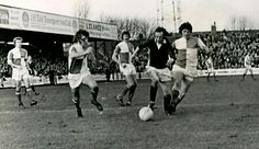 York City 2 Bristol Rovers 0 in March 1974 at Bootham Cresent. Ian Holmes storms forward #Div3